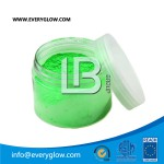 everyglow bright green Glow pigment in daylight