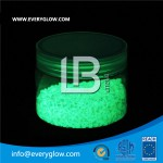 Everyglow LBG-S500 yellow-green glow sand